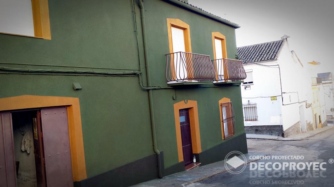 Fachada Casa En Zona Centro Corcho Proyectado Decoproyec - Casas De ...